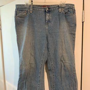 Tommy Hilfiger ankle length jeans, sz 18